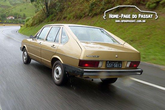 Passat LSE 1980 viajando para o Salão do Automóvel