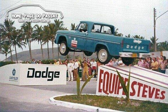 Equipe Esteves - Dodge D100
