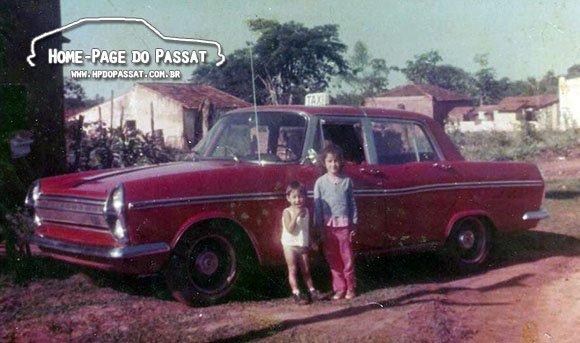Simca Esplanada táxi em Fronteira - MG
