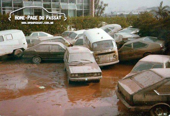 Alagados: enchente na Ala 0 da VW em 1980