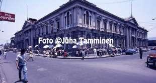 Passat em El Salvador, 1986
